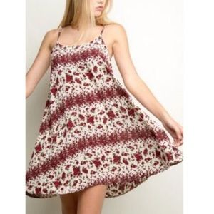 🎉Sale🎉Brandy Melville Rose Dress